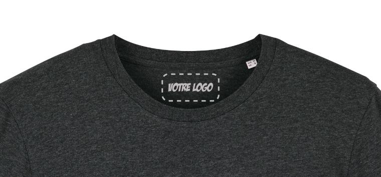 t shirt personnalisé avec logo dans le cou